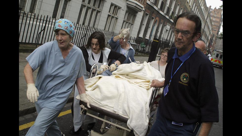 ОТ АРХИВА: 2005 година - годината, в която 52 души загинаха при атаки в лондонското метро