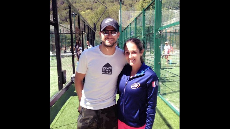 Григор Димитров учи Никол Шерцингер да играе тенис