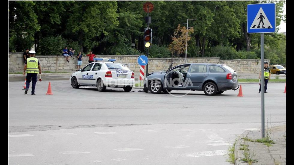 Кола удари патрулка в Шумен