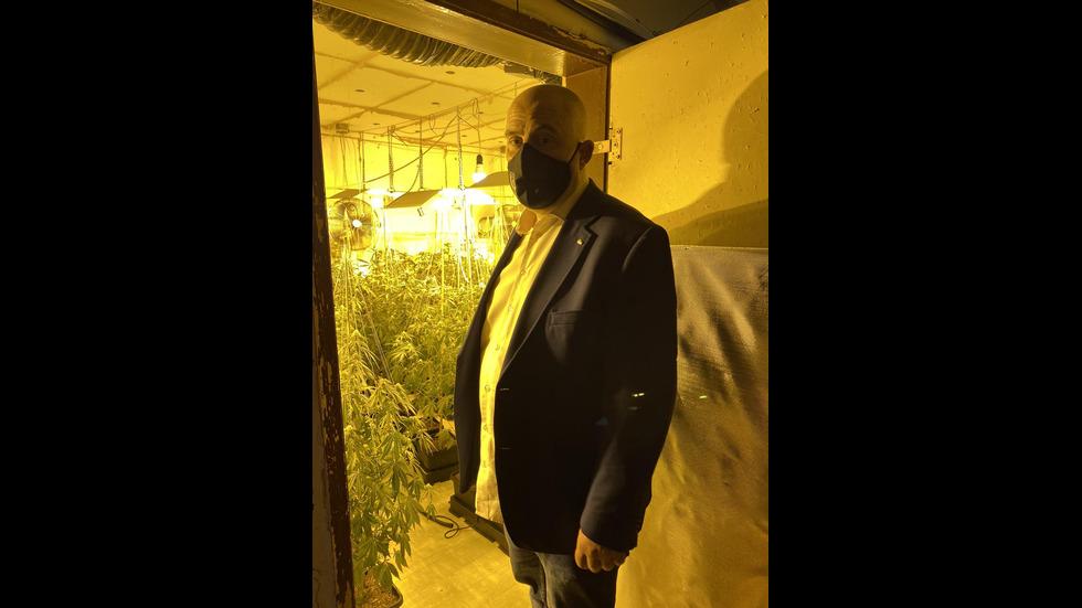 Разбиха голяма нарколаборатория в Ямбол