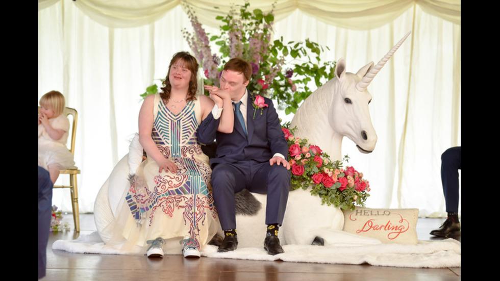 Вълшебната сватба на двойка със Синдрома на Даун