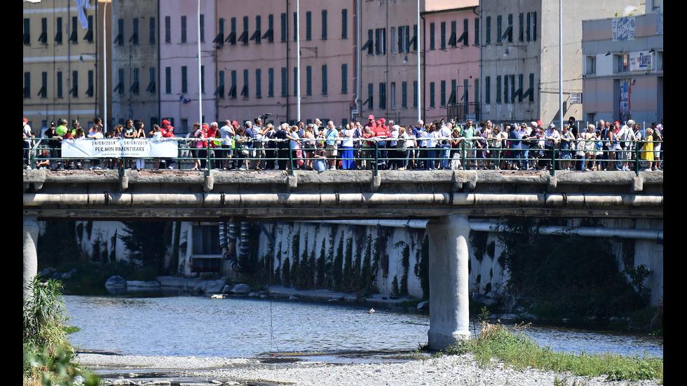 Година от срутването на моста в Генуа