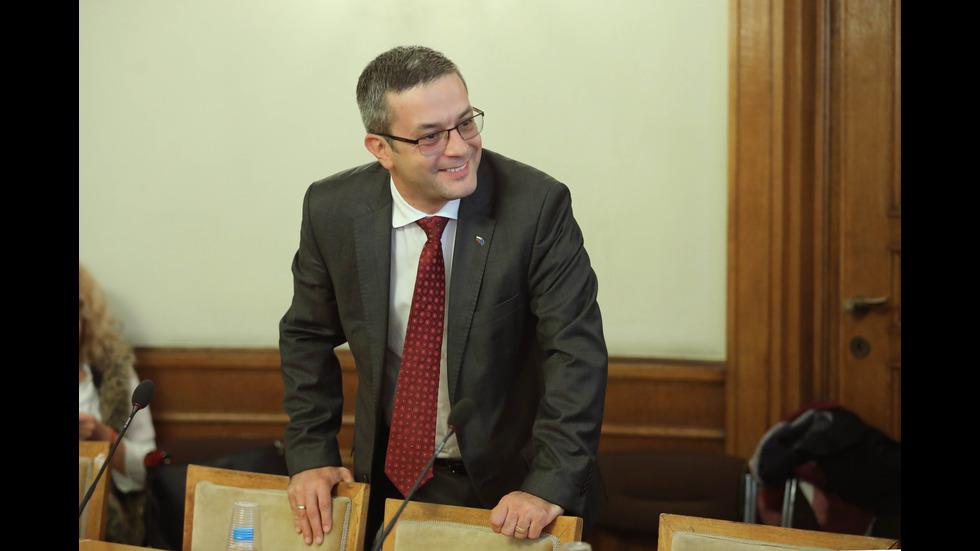 Временната анкетна комисия на парламента за БНР изслушва главния прокурор Сотир Цацаров