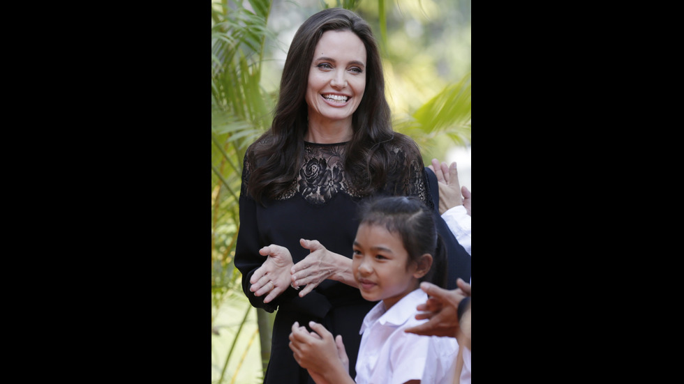 Анджелина Джоли в Камбоджа