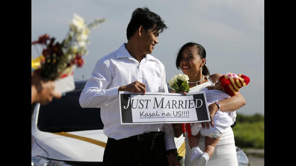 """Над 100 двойки от Филипините избраха да си кажат """"Да"""" именно на на 14 февруари"""