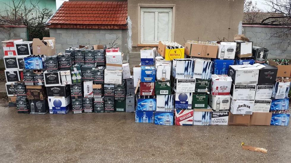 ПРИ СПЕЦАКЦИЯ: Откриха голямо количество нелегален алкохол