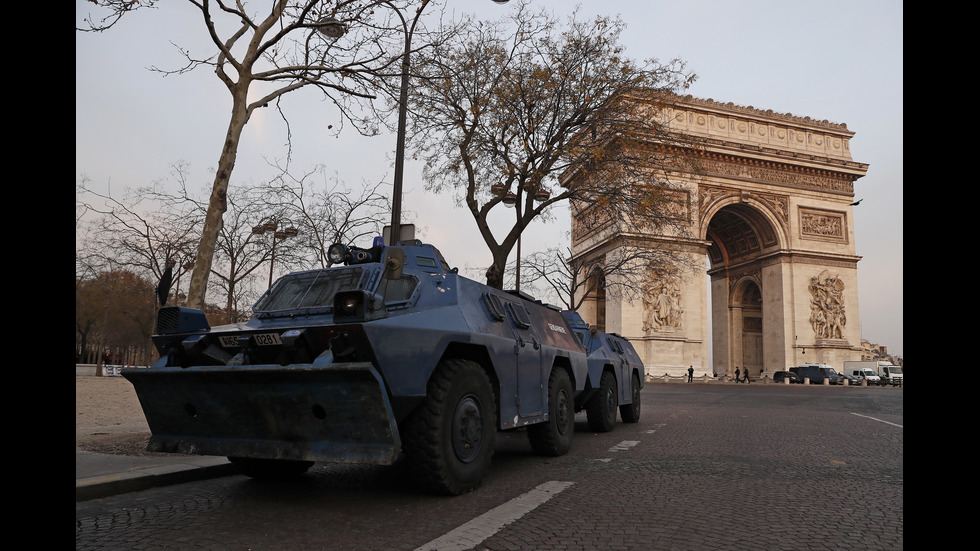 """Арести и сълзотворен газ на протеста на """"жълтите жилетки"""""""