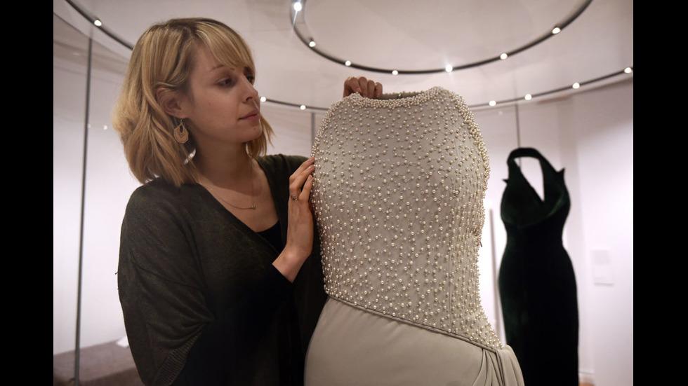 Рокли на принцеса Даяна на изложба в Лондон