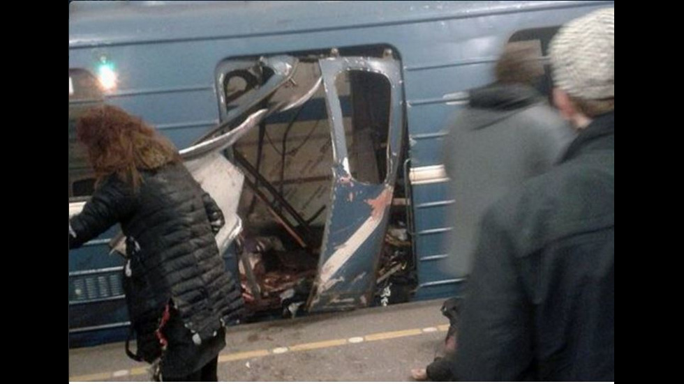 Експлозия в метрото на Санкт Петербург