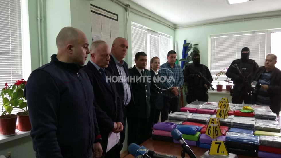 МВР откри 170 кг кокаин в Черно море
