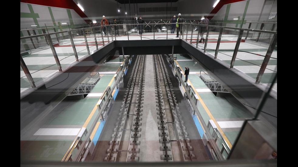 Йорданка Фандъкова посети новата линия на метрото