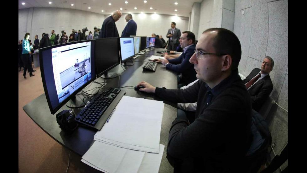 Бойко Борисов на Оперативния център за контрол на горивата