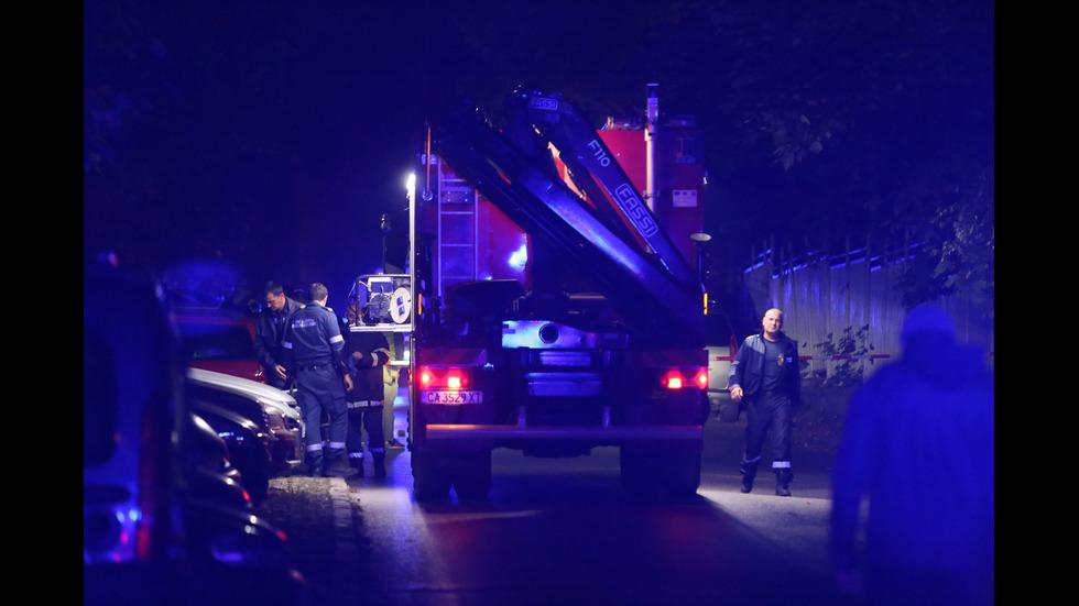 Мъж намери жена си застреляна в колата им в София