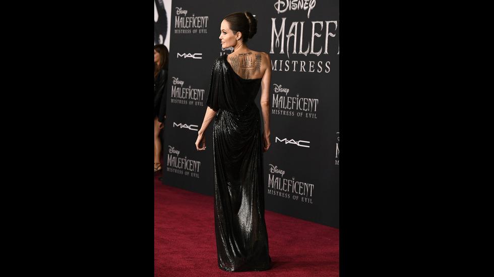 Мистика и скрити послания в татуировките на Анджелина Джоли