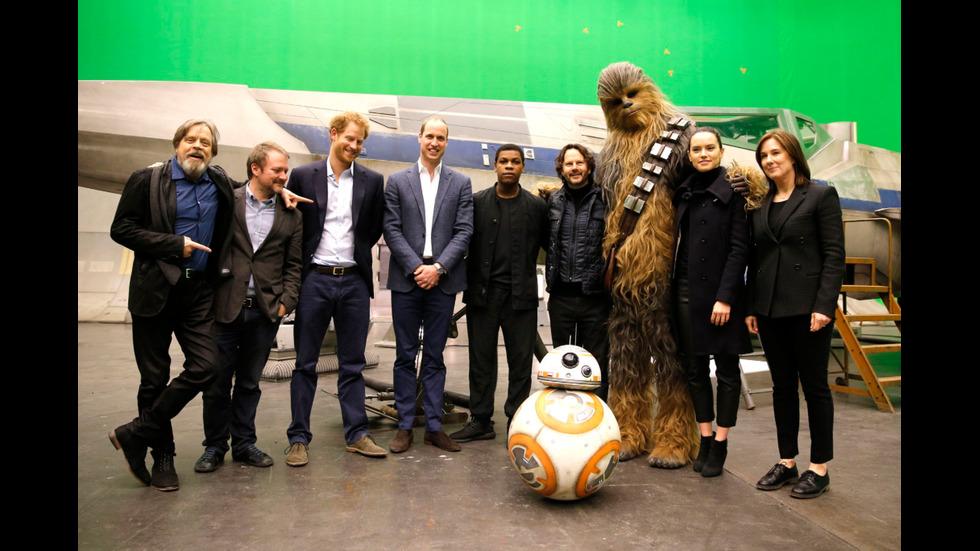 """Уилям и Хари на снимачната площадна на """"Междузвездни войни"""""""
