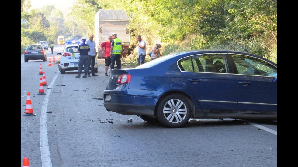 Тежък сблъсък на пътя Русе - Бяла прати три жени в болница
