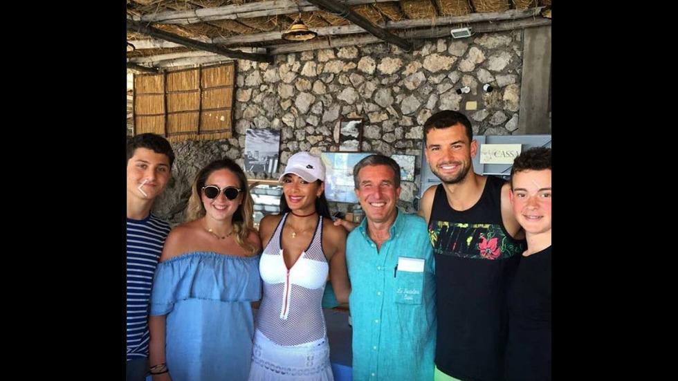 Гришо и Никол на почивка на остров Капри