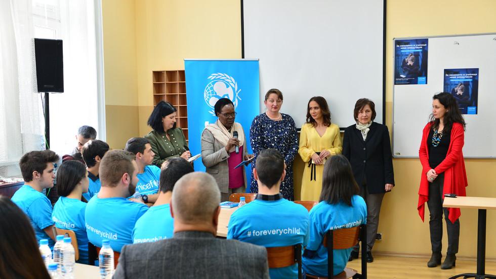 """NOVA и UNICEF Bulgaria застават """"ЗАЕДНО СРЕЩУ НАСИЛИЕТО В УЧИЛИЩЕ"""""""