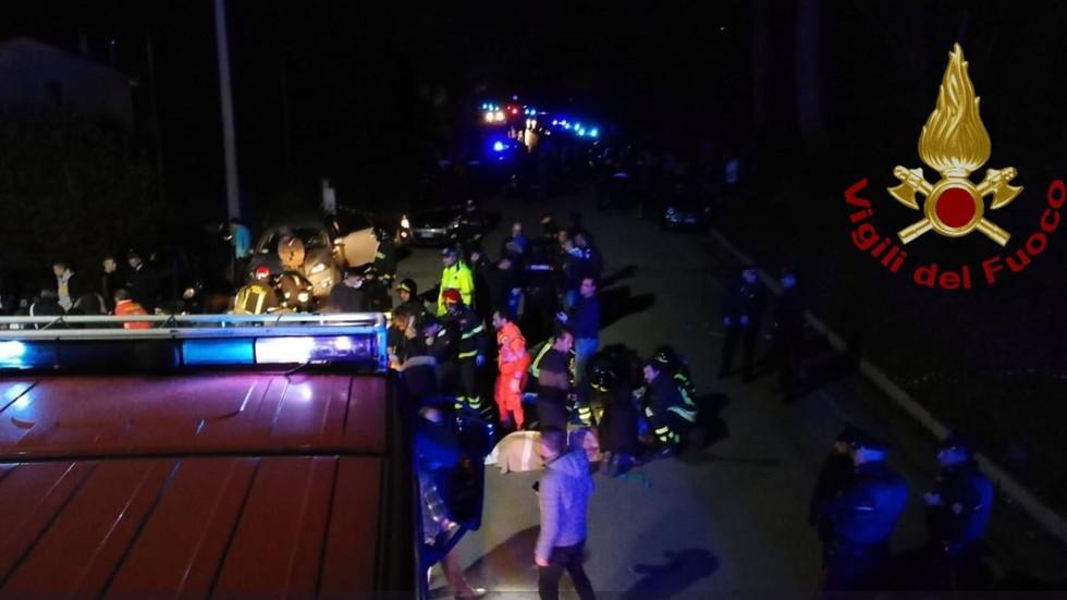 Шестима загинаха, а над 120 са ранени при паника в клуб в Италия