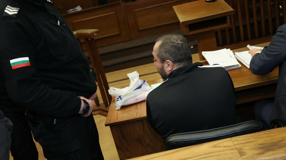 Заради здравословни проблеми: Съдът отложи гледането на мярката на Митьо Очите