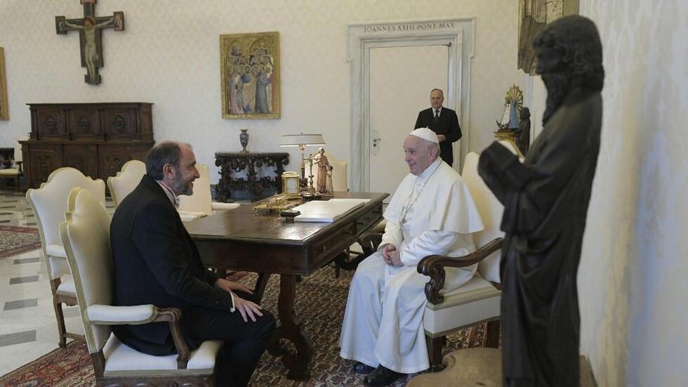 Посланик Богдан Паташев връчи акредитивните си писма на папа Франциск