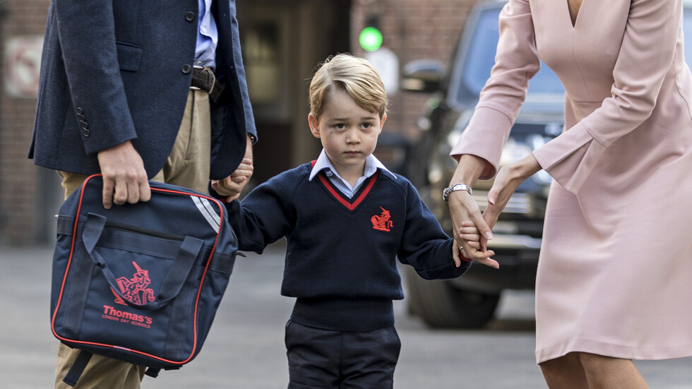 Принц Джордж на 6
