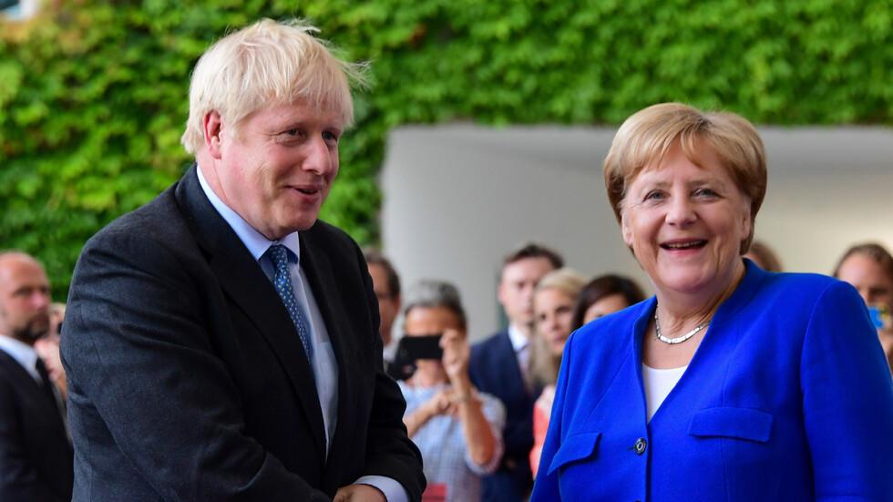 Посрещнаха Борис Джонсън в Германия с протести срещу Brexit