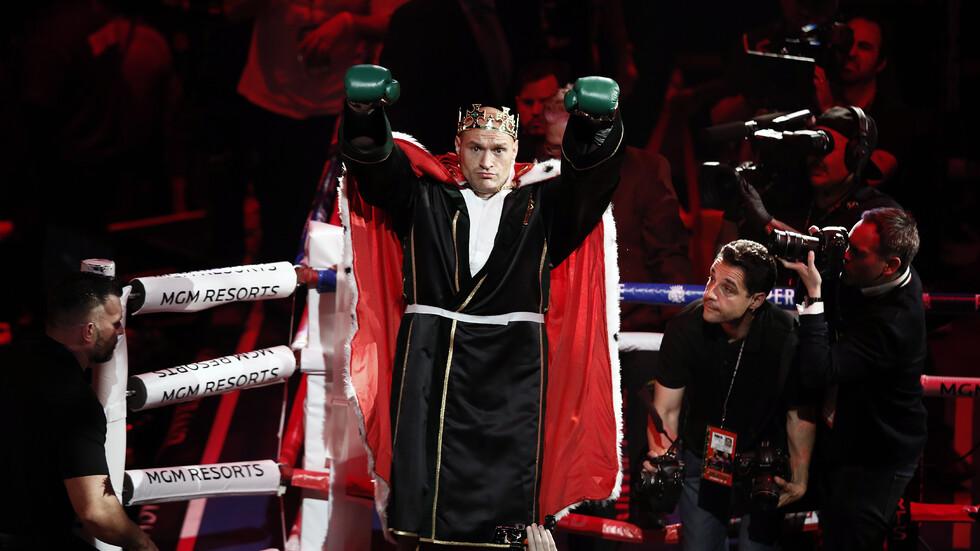 Фюри нокаутира Уайлдър и отново е световен шампион