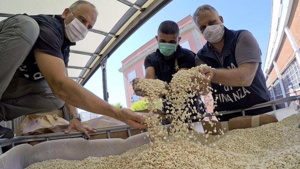 """Хванаха 14 тона наркотици на """"Ислямска държава"""""""