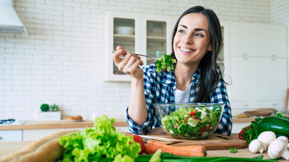 Храни, с които да се предпазим от коронавируса през зимата