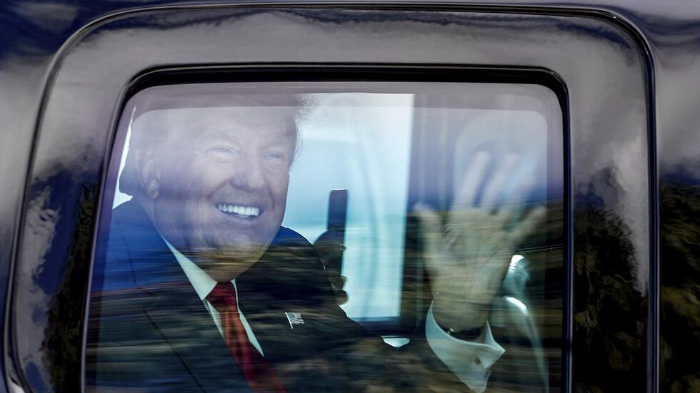 Как беше посрещнат Тръмп във Флорида?