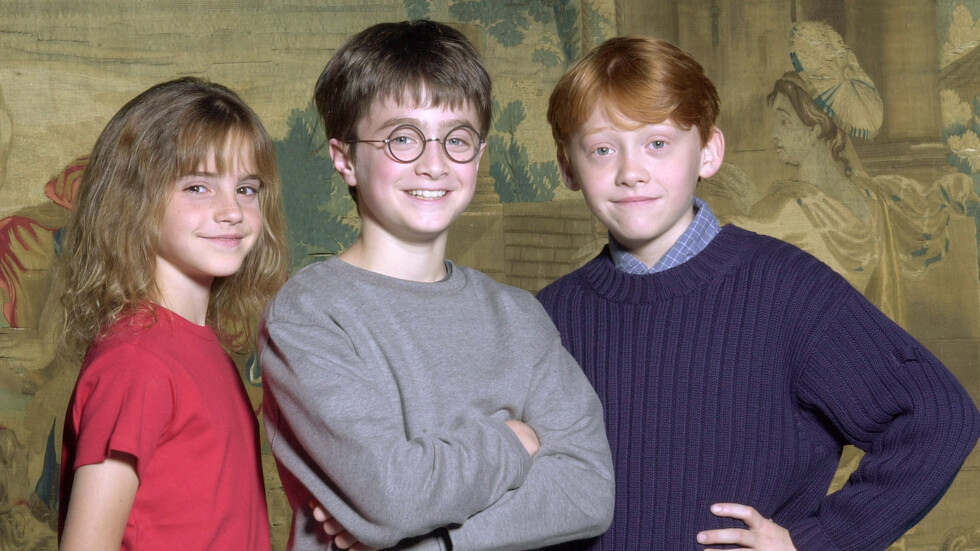 """20 години след първия филм: Актьорите от """"Хари Потър"""" преди и сега (ГАЛЕРИЯ)"""