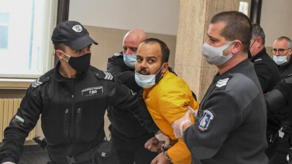 Изгониха от съдебната зала индиеца, буйствал на борда на самолет
