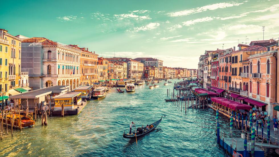 Звезди, които се влюбиха в Италия