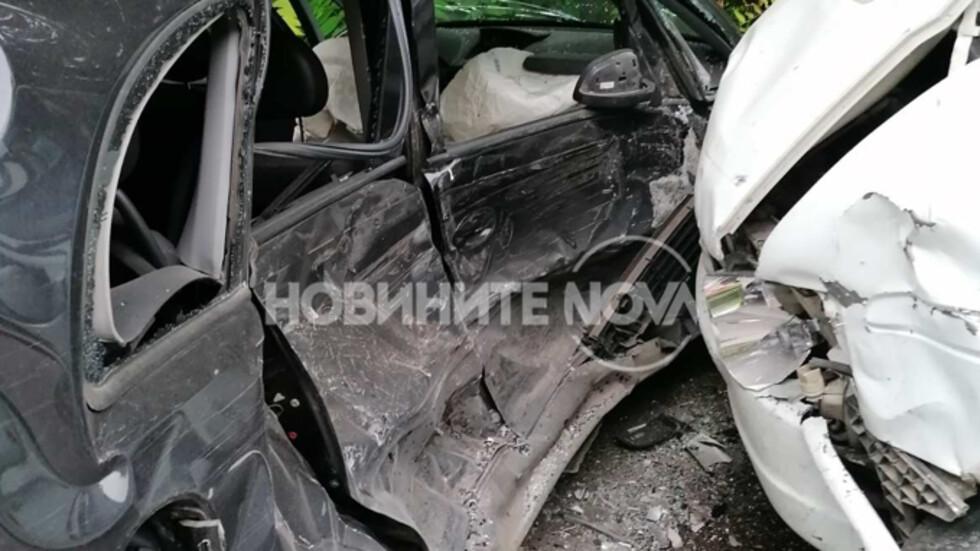 Катастрофа край Свищов, има ранени