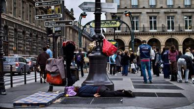 Париж в друга светлина - беден и изостанал