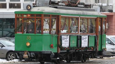 Празничен ретротрамвай в София