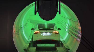 Илън Мъск представи подземен тунел за намаляване на трафика