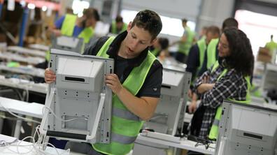 Подготовка на машините за предстоящите избори за Европейски парламент