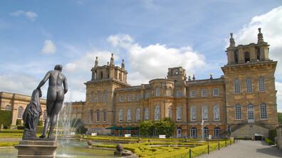 Дворецът Бленъм и градините му