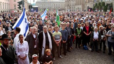 Масови протести в Германия срещу антисемитизма