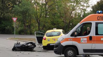 Водач на мотопед е загинал при катастрофа във Варна