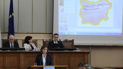 Депутатите дебатират по вота на недоверие