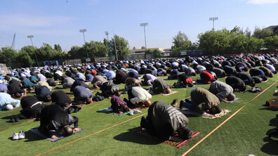 Главният мюфтия отслужи празнична молитва за Рамазан Байрам на открито
