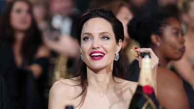 Анджелина Джоли на 45 години