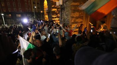 Напрежението на протеста в София ескалира
