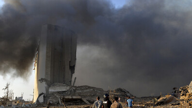 Трагедията в Бейрут - чудовищни разрушения като след атомна бомба