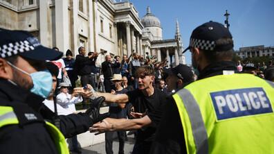 Над 30 арестувани на протест срещу противоепидемичните мерки в Лондон