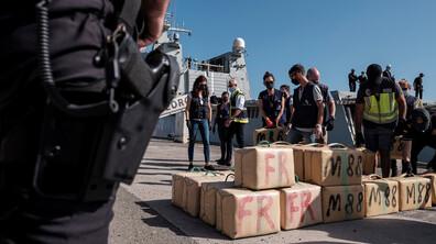 Хванаха 30 тона хашиш в яхти край Канарските острови, има задържани българи