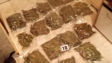 Иззеха над 2 килограма наркотици от жилище в София